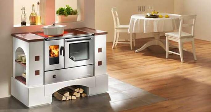Küchenofen mit Dauerbrand von Haas+Sohn
