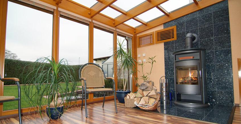 Kamin im gartenhaus oder wintergarten geht das - Ofen im wintergarten ...