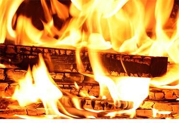 Top So brennen Sie Ihre Kaminscheibe frei! Tipps auf ofenseite.com TY05