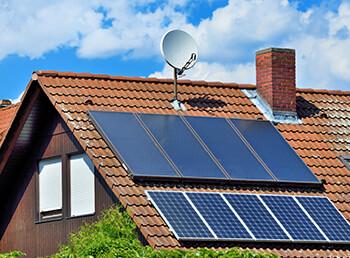 Photovoltaik und Solarthermie kombiniert: Geht das gut?